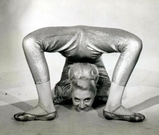 Brenda+contorsionist+fixed