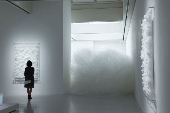 Tokujin Yoshioka Crystalizes Swan Lake and Rose