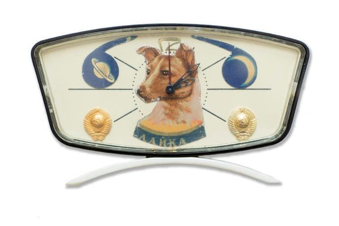 Desk clock with Laika and planets, c.1950-60. Collection of Martin Parr © Martin Parr Collection/ Magnum Photos/ Rocket Gallery